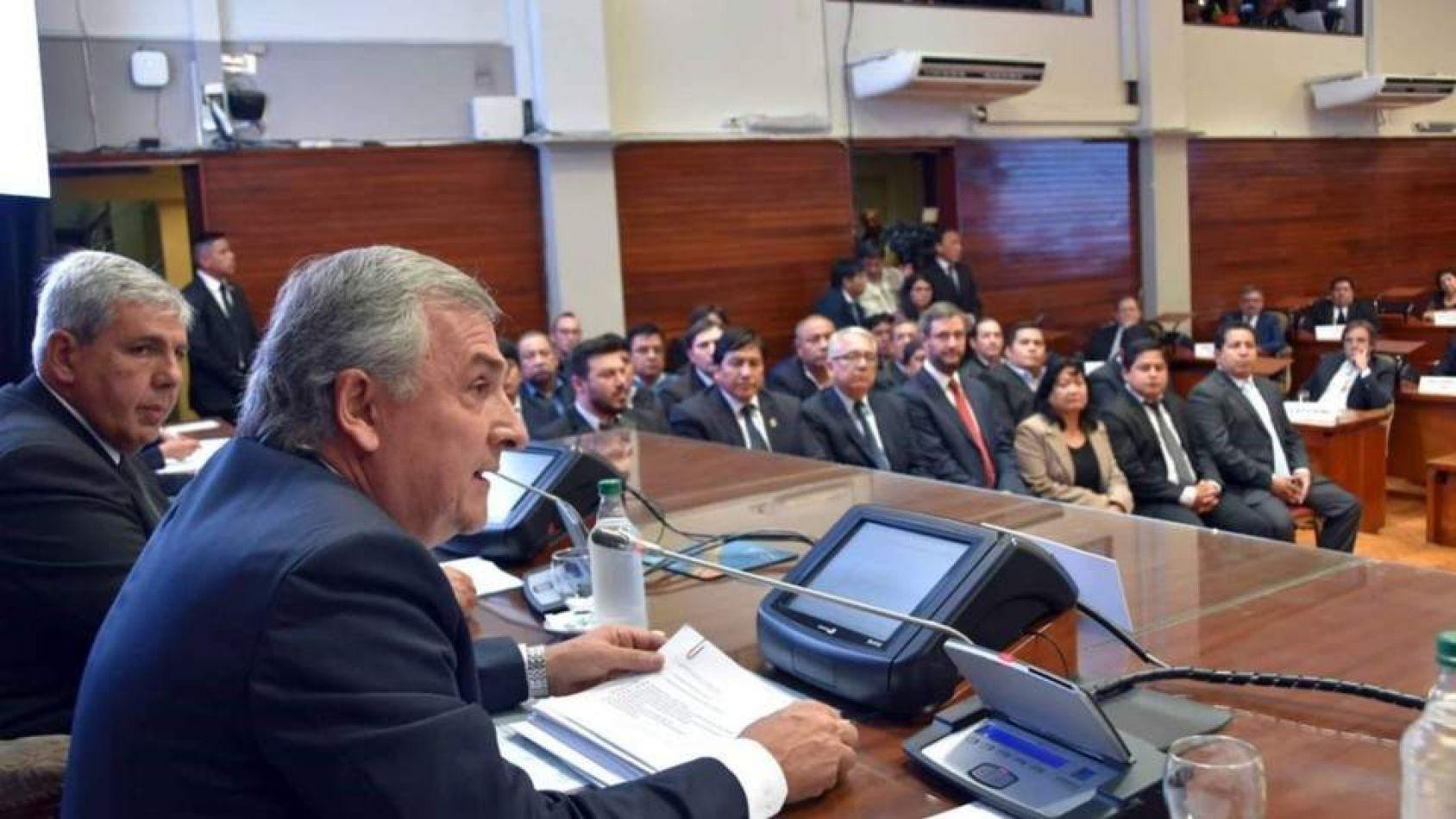 Morales pide a la legislatura más deuda: 22 millones de dólares y 1500 millones de pesos