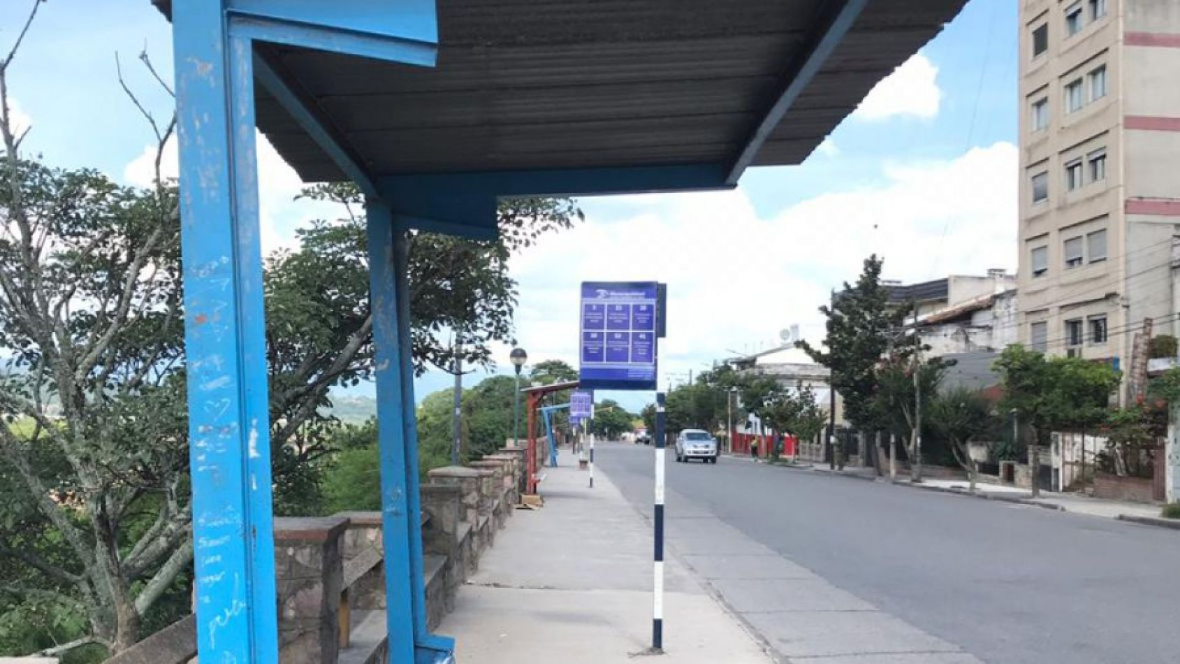 Quinto día sin servicio de transporte público de colectivos en toda la provincia