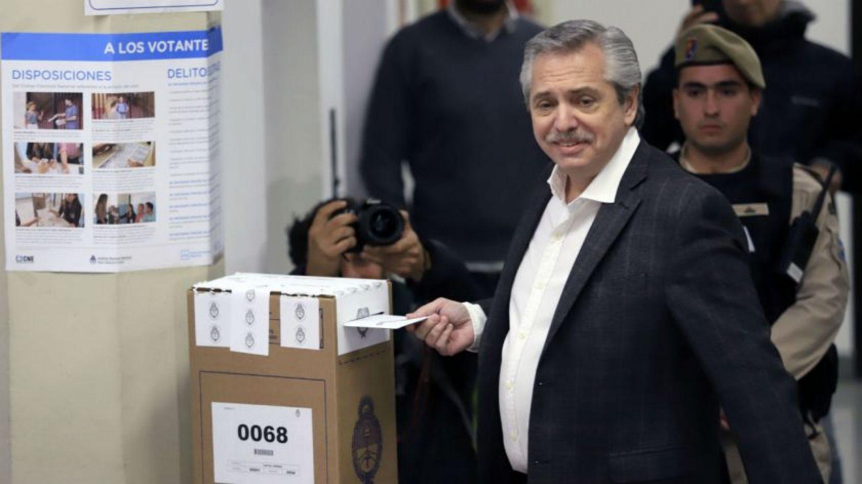 """Votó Alberto Fernández """"Es un día donde los argentinos deciden el futuro"""""""