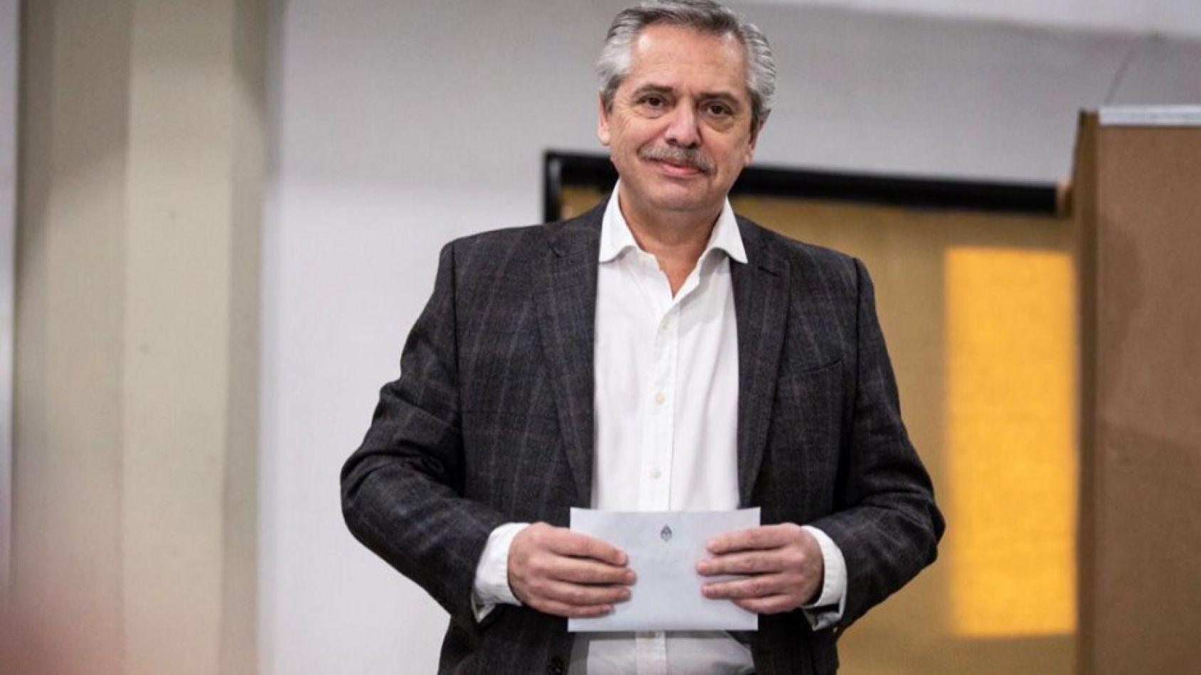 PASO 2019: tanto el Gobierno como la oposición admiten que Alberto Fernández venció a Macri