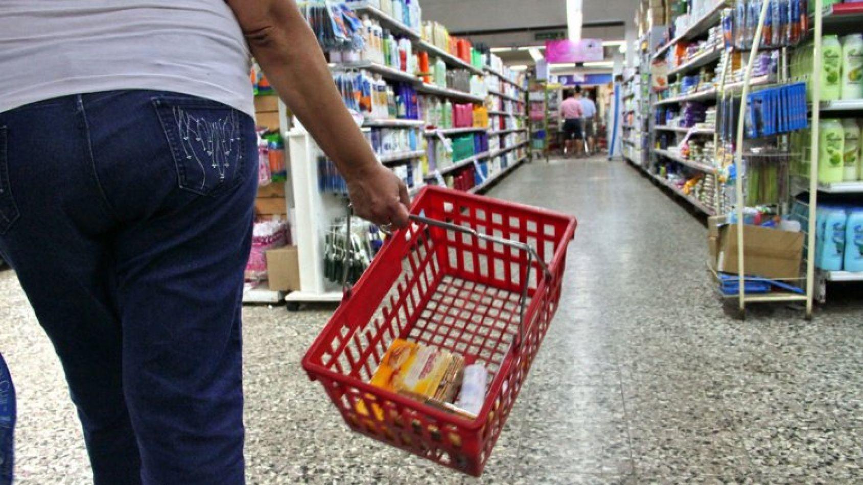 Productos de consumo masivo subieron hasta un 29 por ciento luego de las PASO