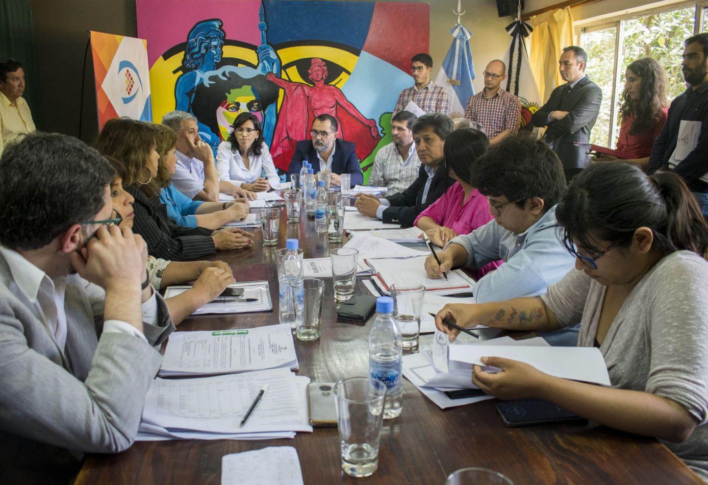 Concejales de San Salvador trabajaron el proyecto del presupuesto 2020