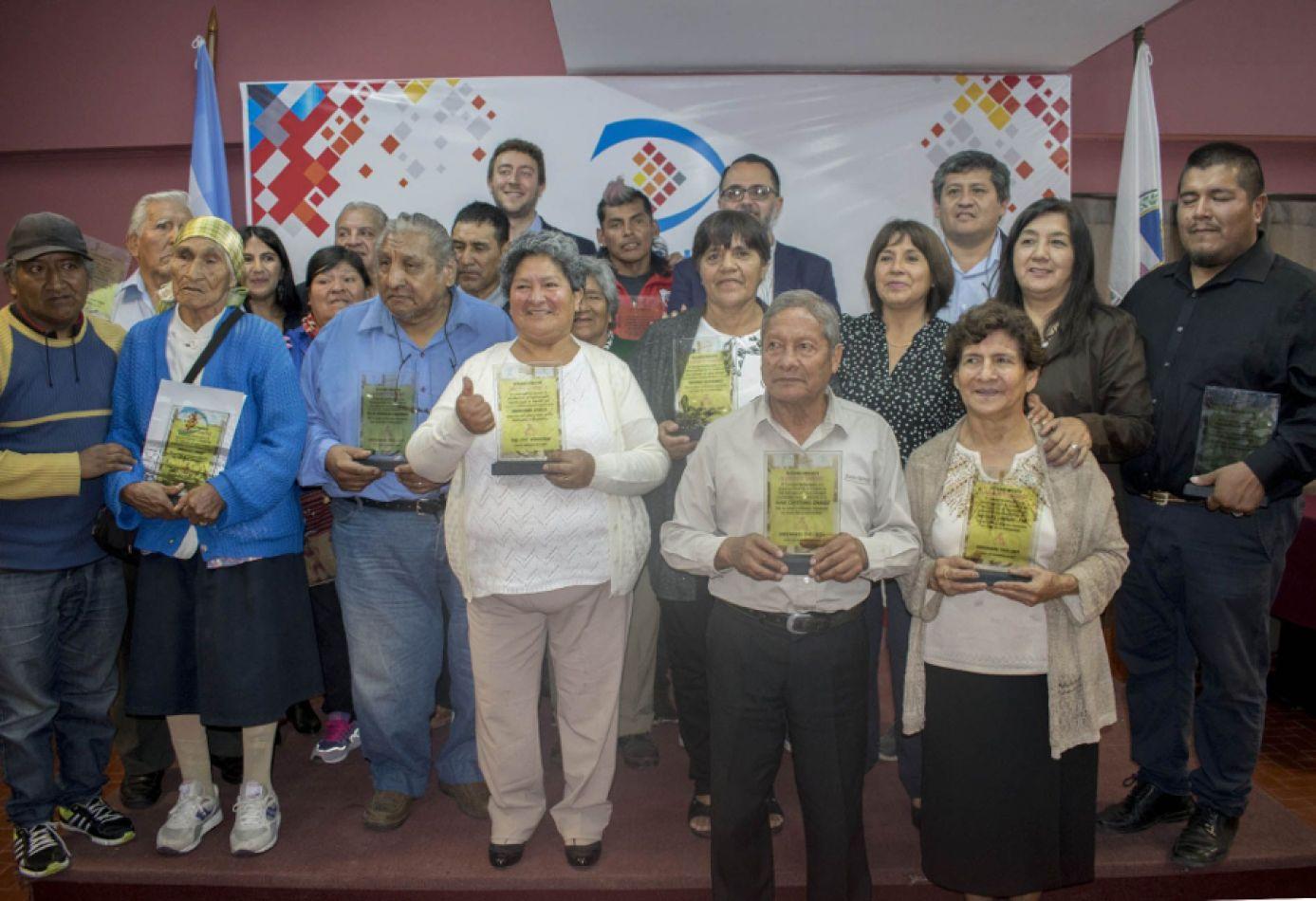 Reconocieron a canillitas de San Salvador en su día