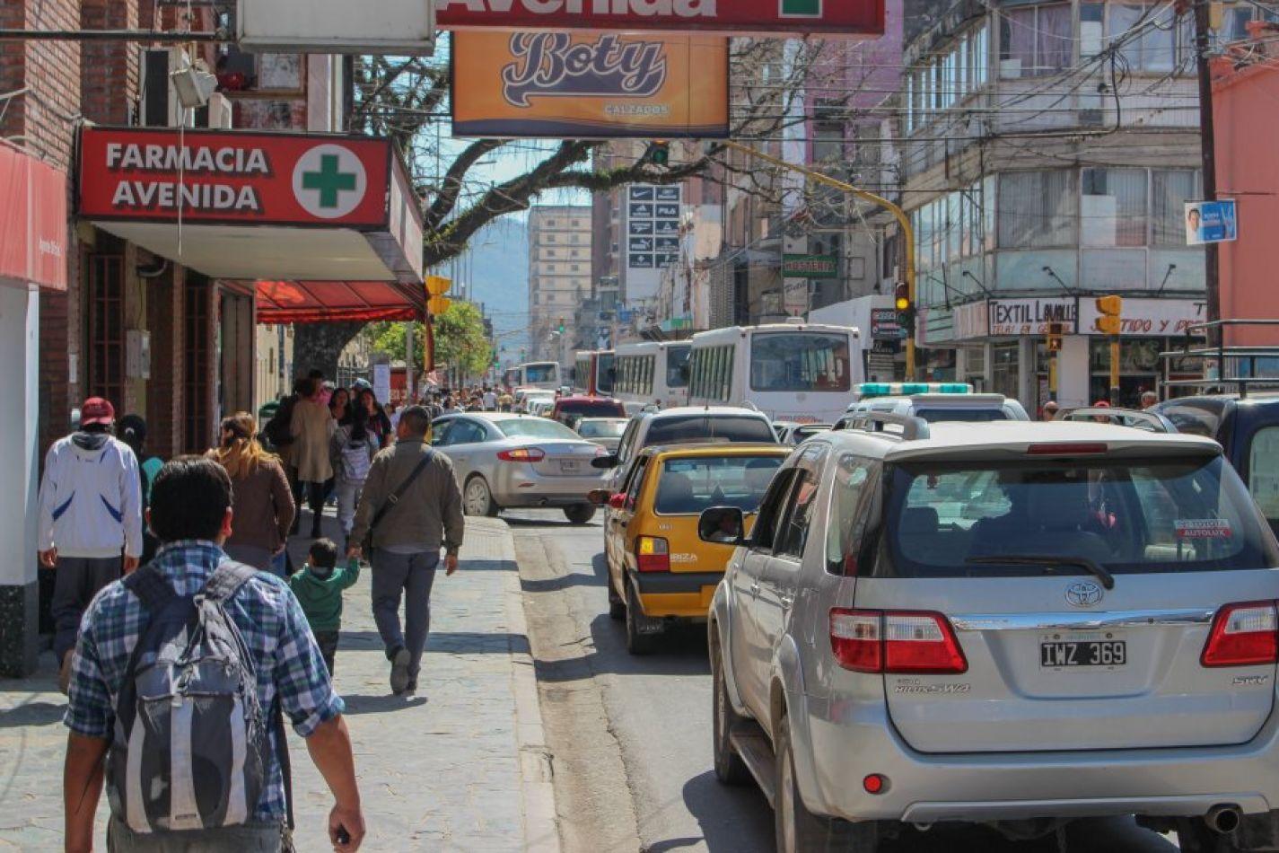 El municipio capitalino quiere cobrar una tasa a conductores por el uso de las calles