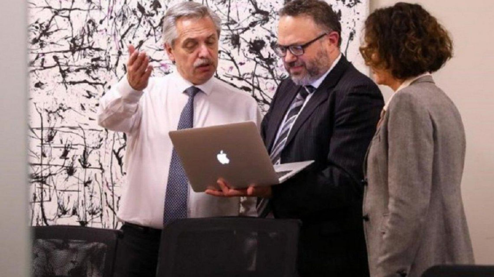 Foto: diario26.com. Alberto Fernández junto a Matías Kulfas, posible ministro de Economía