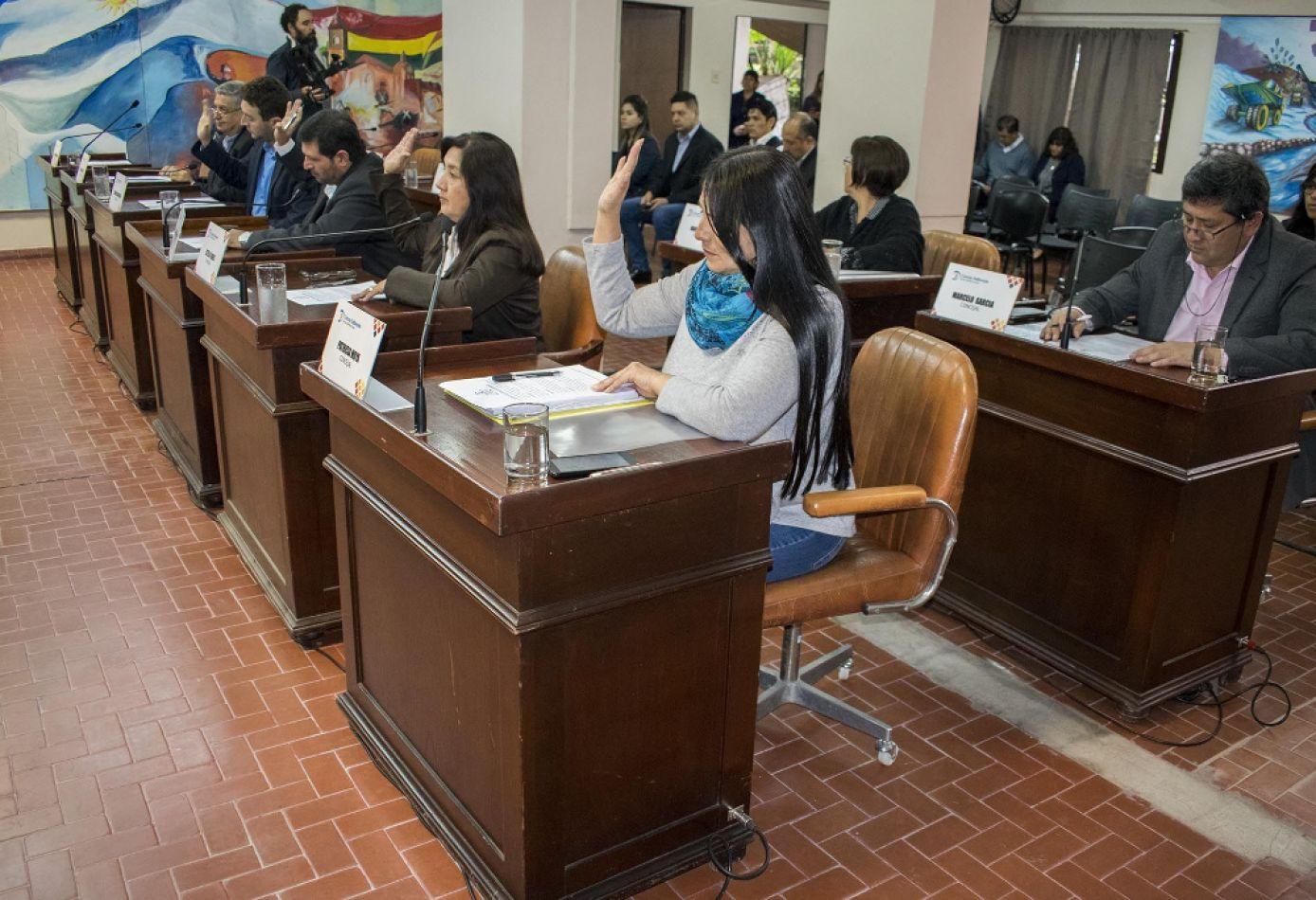 Tarifazos: cuatro al hilo en cinco minutos aprobó el Concejo Deliberante