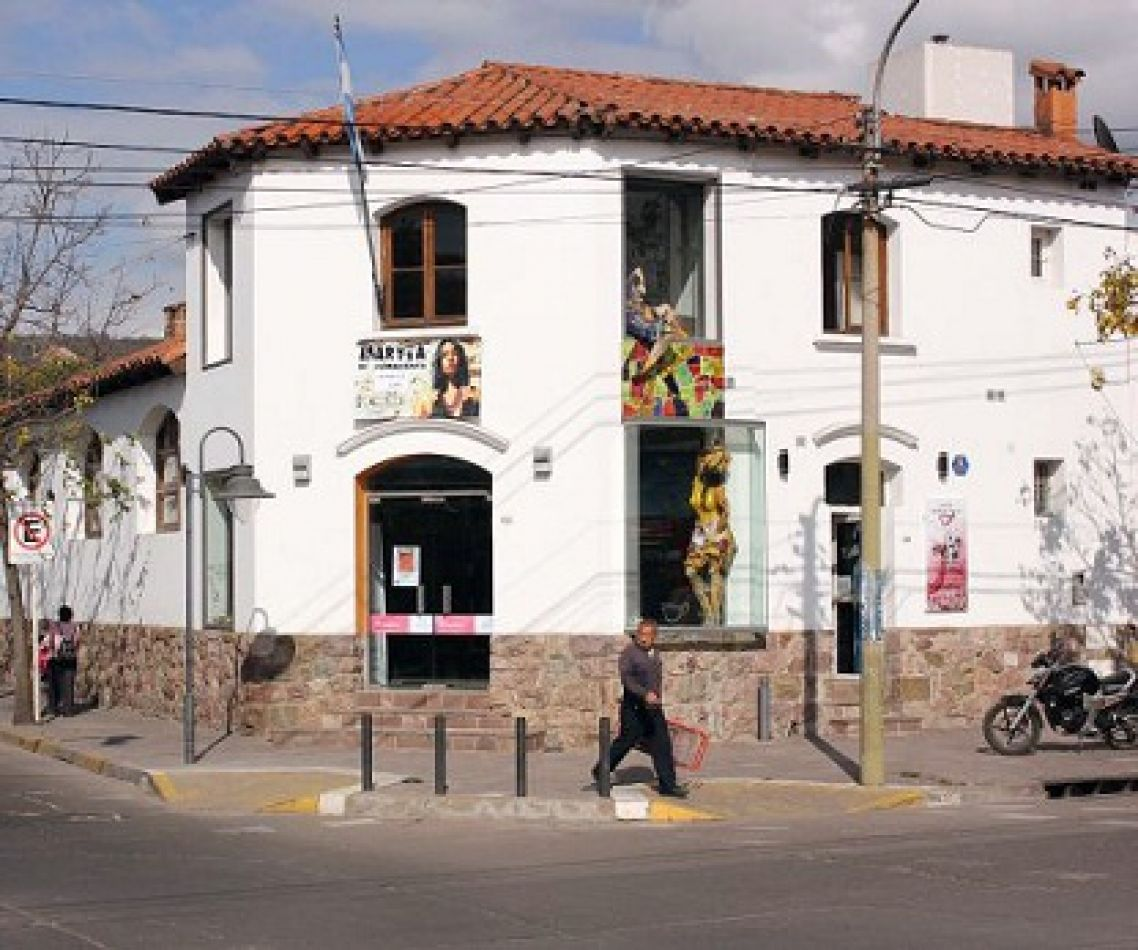 El municipio no cumple con el pago a artistas jujeños
