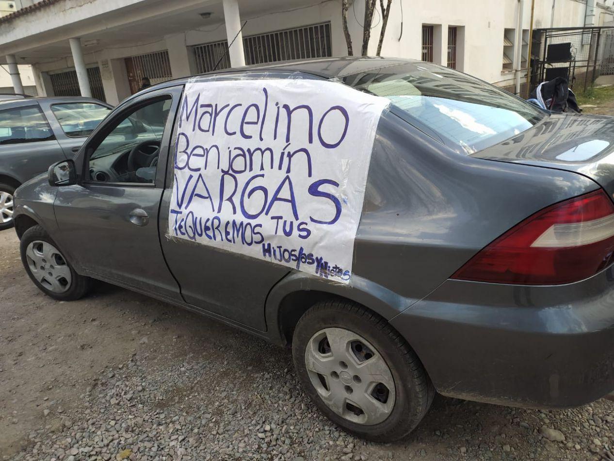 Morales les pidió a los familiares de Vargas que ingresen al encuentro sin celulares