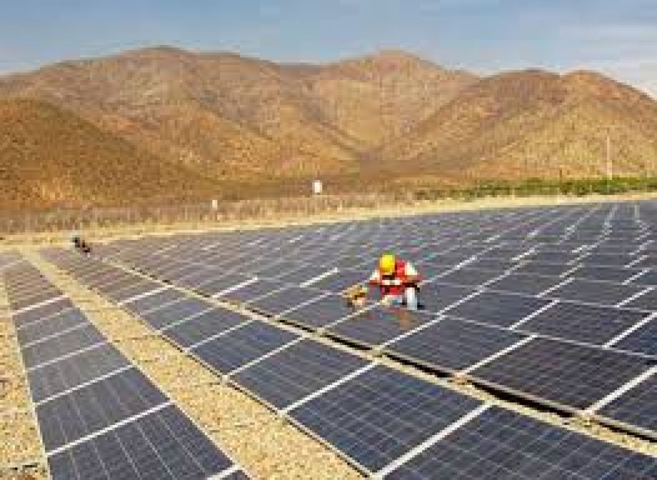 Kulfas afirmó que continuarán apoyando a la industria de energías renovables pero se diferenció del modelo de Macri y Morales en Jujuy