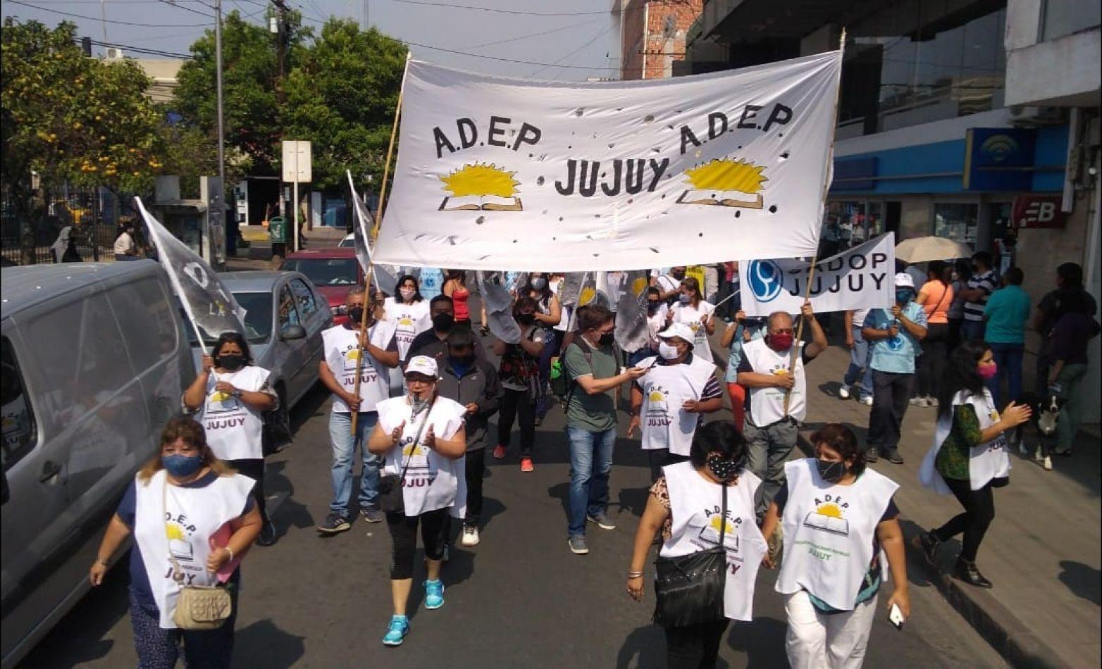 El ministro de Educación nacional escuchará los reclamos de docentes de Jujuy