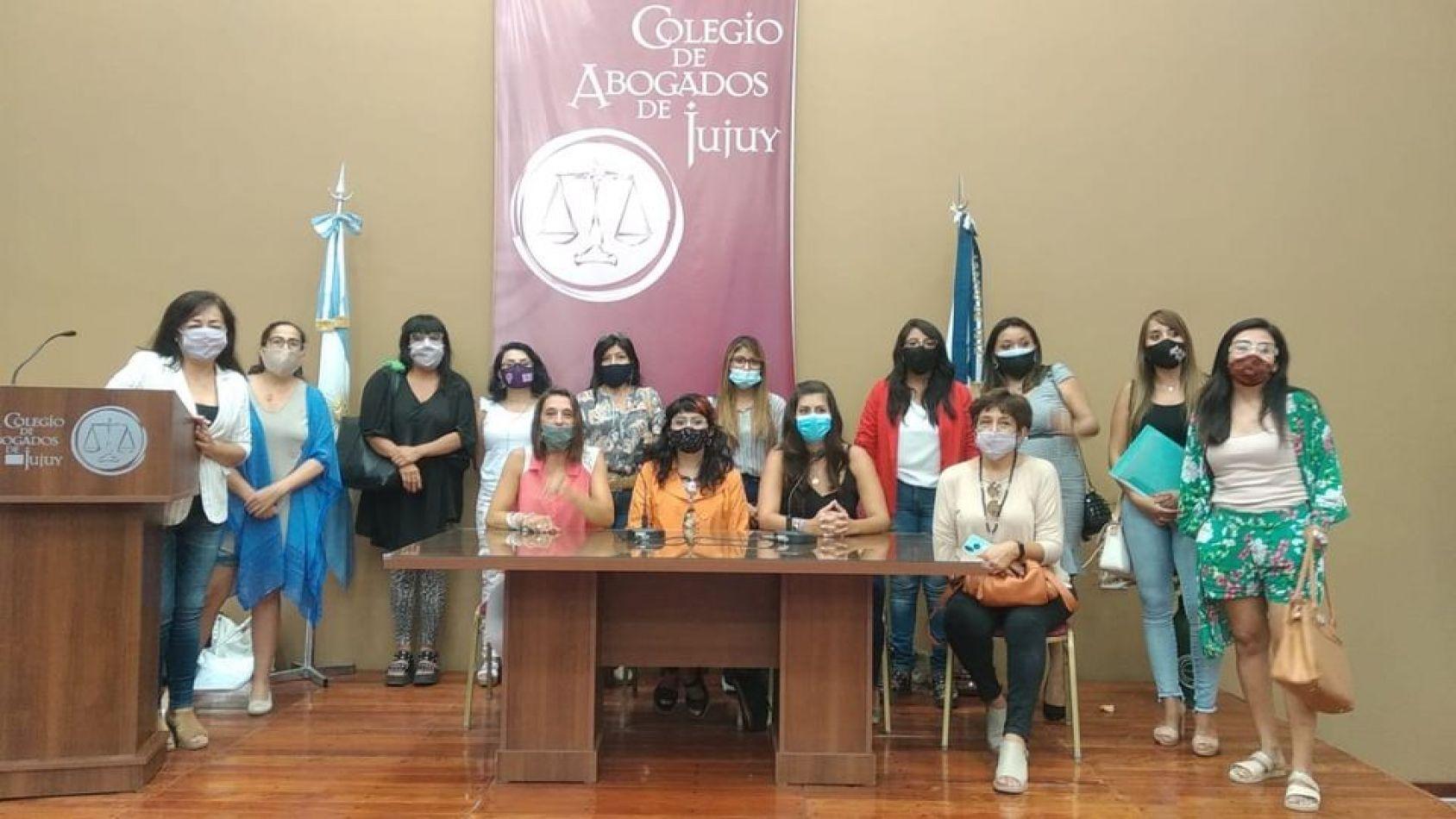 No estás sola, el respaldo de abogadas a Agustina Aramayo por las situaciones de violencia en el MPA